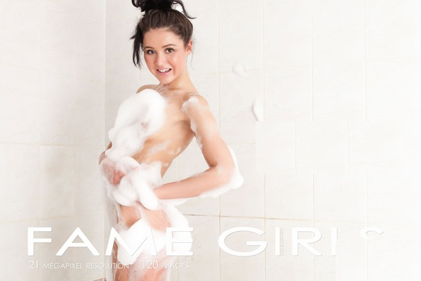 fame-girls-wet-and-wild