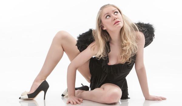 fame-girls-dark-angel-ella